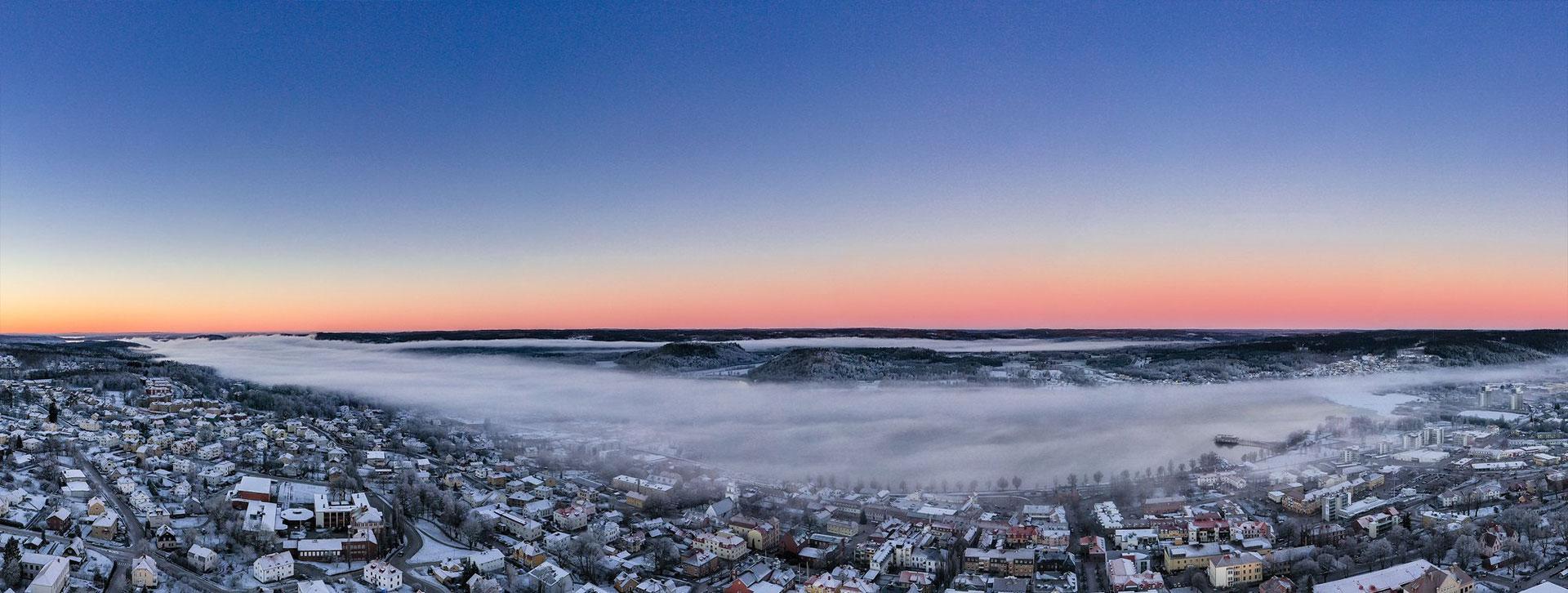 Ulricehamn i dimma, från ovan