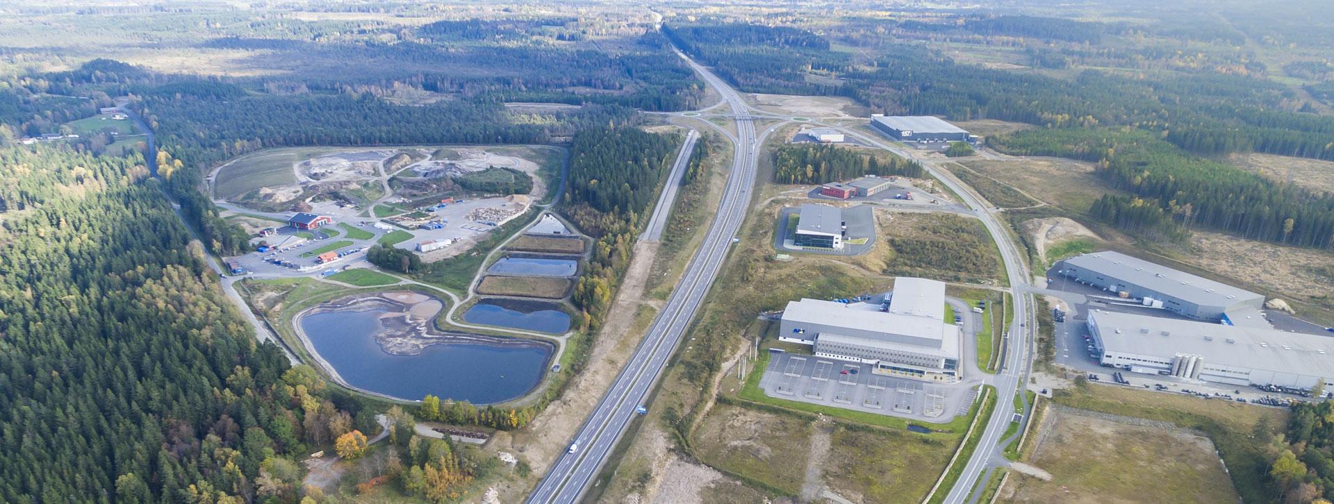 Vy från ovan på Rönnåsens industriområde
